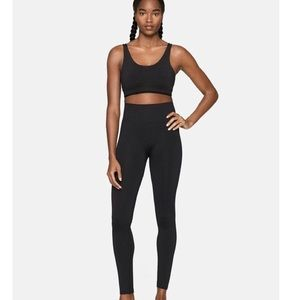 Outdoor Voices Solid Leggings